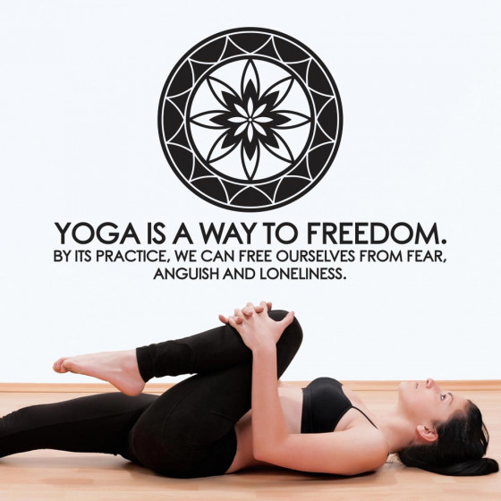 Yoga is a way to freedom väggdekor